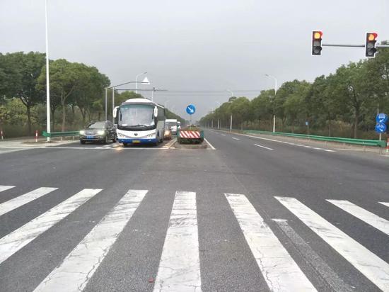 陈海公路东段16日起拓宽改建 交通组织计整洁览