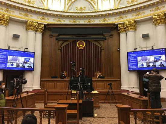 上海首例殴打防疫志愿者案云审判:被告人获刑1年6个月