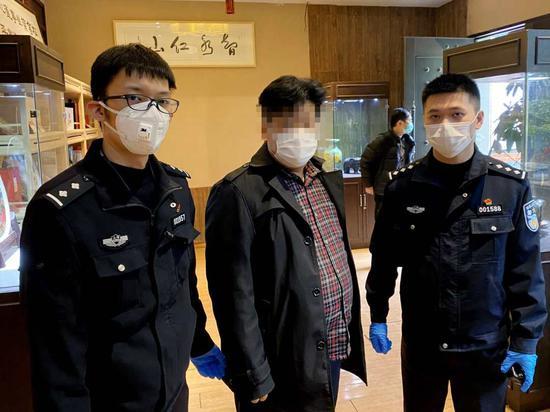 犯罪团伙称国际组织推出抗新冠消毒剂 上海警方:骗局