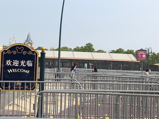 5月11日起,上海迪士尼乐园限流开放。