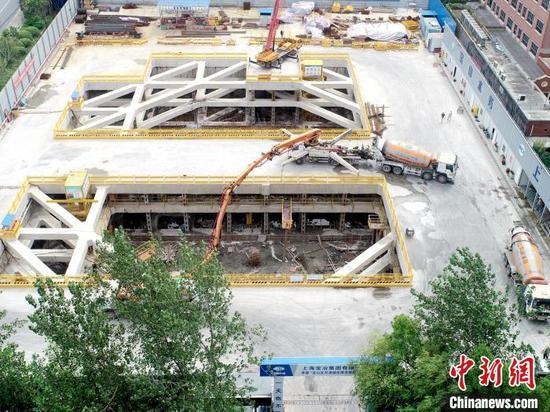 月浦城区排水系统工程项目正紧锣密鼓地建设中。 陈静 摄