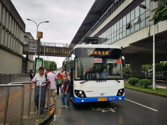 图说:龙港快线更名为新临专线 来源/采访对象供图