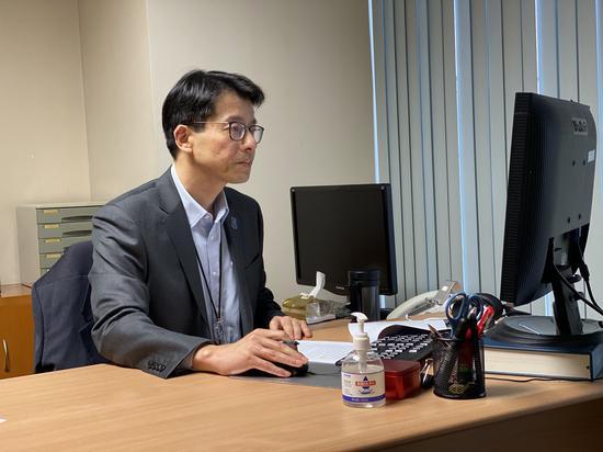 王昊在工作中澎湃新闻记者俞凯 摄