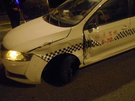 驾校教练酒驾逆向撞车被刑拘 终生不得从事驾考行业