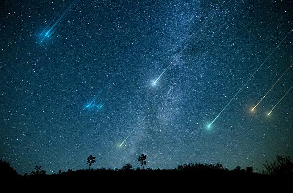 双子座流星雨周五将迎来极大 预计出现在20时30分