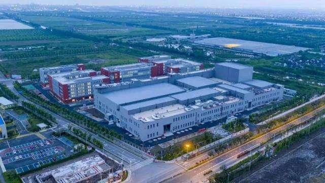 临港卫星研制基地北区正式落成 拥有7个卫星总装大年夜厅