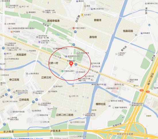 上海曹安公路华江路附近一楼房倒塌 现场仍在搜救
