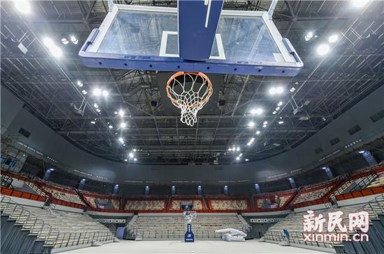 图说:室内篮球场。来源:新民晚报记者陈梦泽 摄