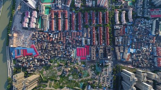 图说:俯瞰东新村。陈泰明 摄