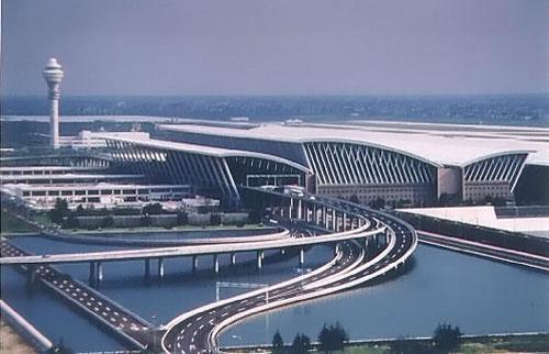 沪两机场入境搭客可快速通关 先期机检助查获私运案件