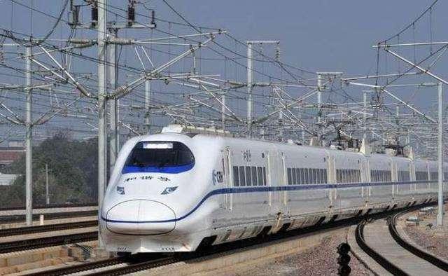 四省市谋划建设新线路 沿长江高铁将现多条大通道