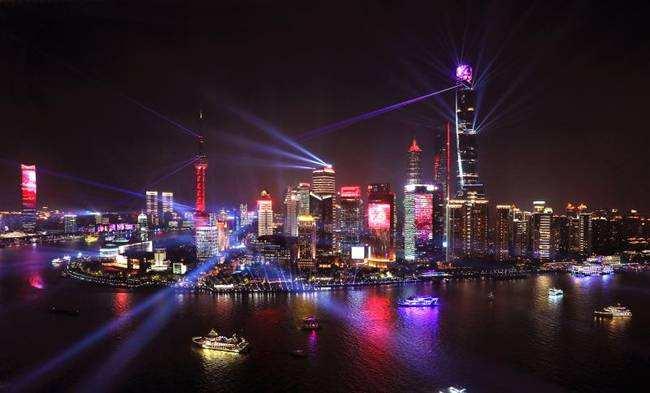 国庆黄浦江光影秀吸引300多万市平易近旅客 将来有望续篇