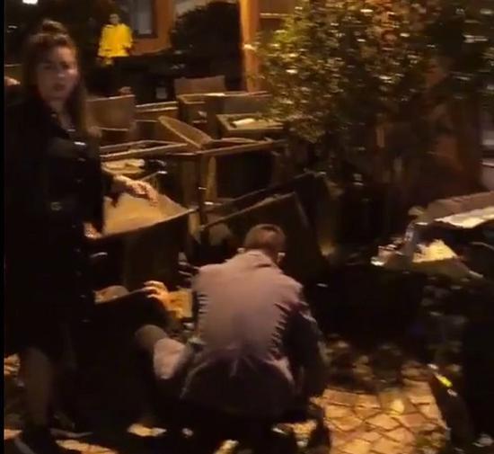 司机醉驾冲入衡山路酒吧 店内3名客人受伤