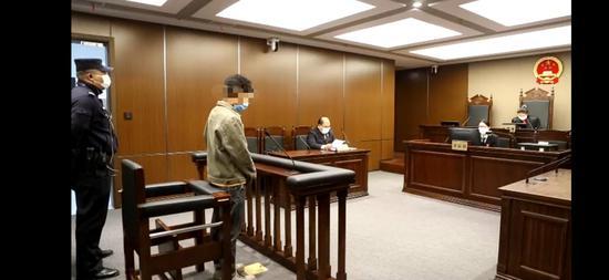 庭审画面 本文图片均为上海市静安区检察院提供