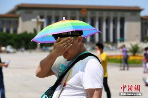 上海等地受今年来最强高温影响 高温持续时间长