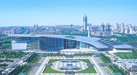 """为迎接""""六一""""国际儿童节的到来,上海科技馆及其分馆上海自然博物馆"""