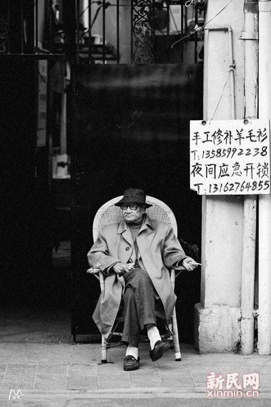 上海老城厢的故事:晒台上站着一位老绅士