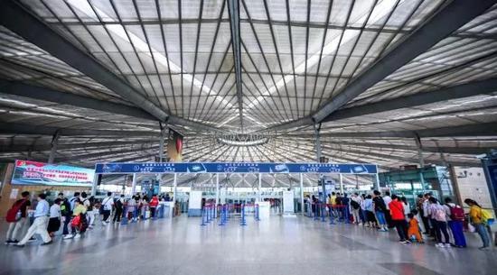 上海南站7月10日起新开4对动车 站厅将有新变化