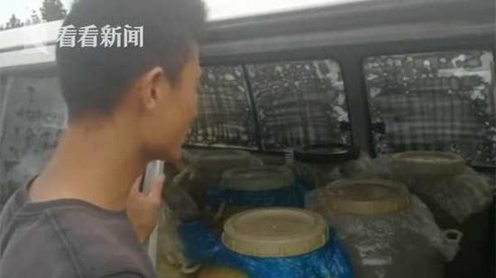 上海警方查获35辆黑油车 29名嫌疑人被捕