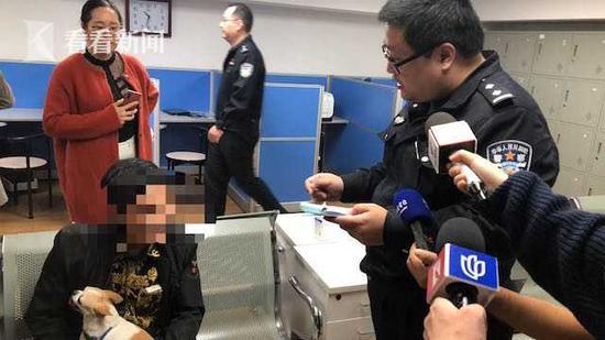 《【杏耀代理注册】虹口警方试点公共视频取证执法 抓拍不文明养犬行为》