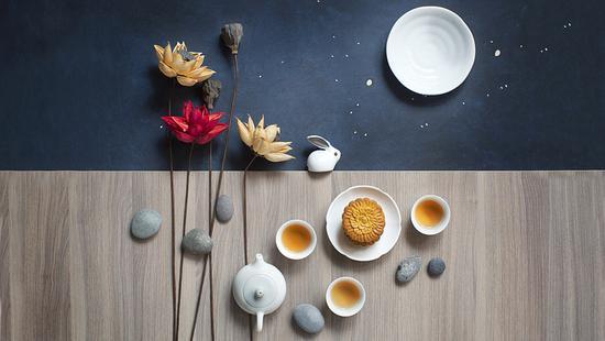 老上海的中秋风俗:斋月宫、烧斗香、走月亮