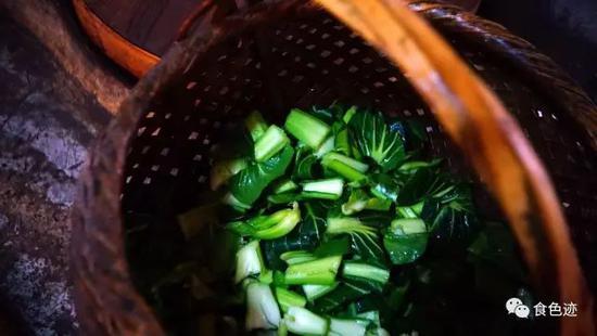 青菜是要装小篮的