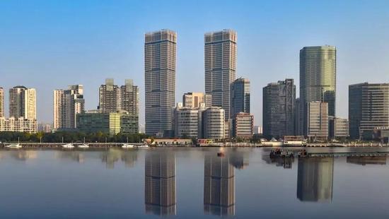 上海最高双子塔竣工 将打造标志性来福士综合体