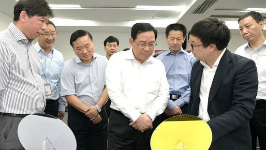 李强再次专题调研集成电路产业 聚焦这个重点