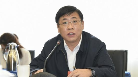 代表建议立法保护老字号 老凤祥、同仁堂、全聚德都遭遇过这类纠纷