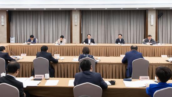 上海市长龚正作部署 中国国际进口博览会已到最后冲刺阶段