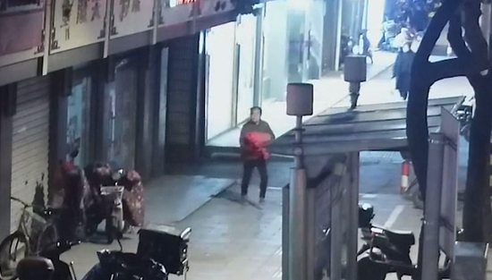 图说:警方迅速锁定了犯罪嫌疑人田某。