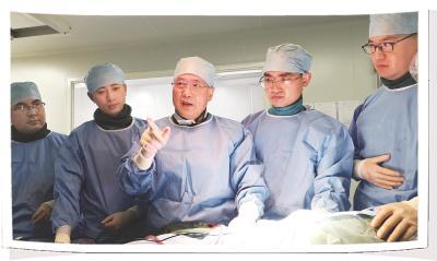 上海大夫景在平赓续突围医学禁区 把逝世路走成活路