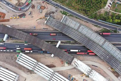 沿江通道越江隧道新建工程新进展 工程共有五座高架桥