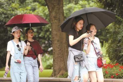 上海昨天入梅今有大到暴雨 伴有雷电和短时强降水