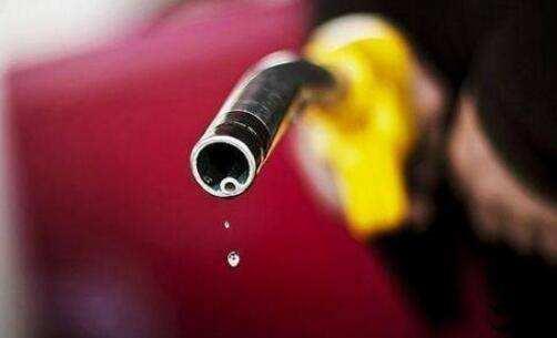 成品油价或迎年内最大降幅 加满一箱油少花约17元