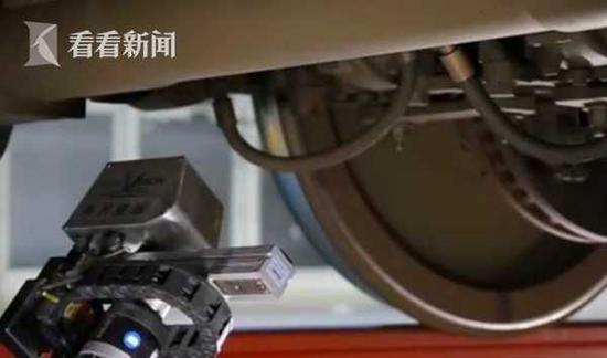 沪机器人医生检修动车组助力春运 一级检修点覆盖率超90%