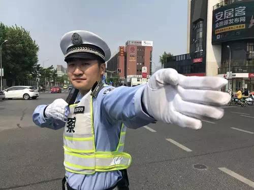 上海徐汇交警王润达。徐汇警方供图