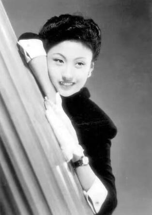 著名表演藝術家、作家黃宗英逝世 享年95歲