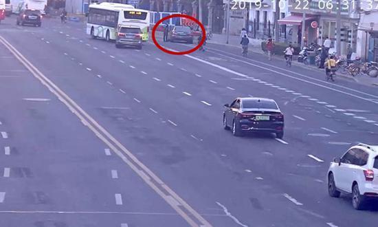 王某驾驶的车辆。上海长宁警方供图