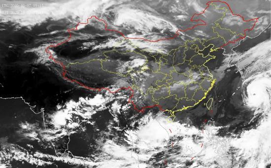 第14号台风灿鸿实时路径最新消息加强为台风级 上海风力有所增大
