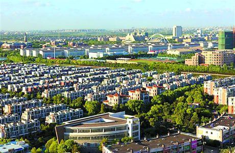 依托松江新城的广富林街道,19万常住人口中,11万是大学城的师生,另外8万也以年轻人为主。街道根据年轻人特点,配置资源、提供服务。(资料)