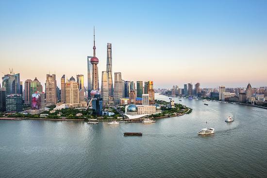 沪春节假日前4天接待游客超250万 黄浦江游览成新亮点