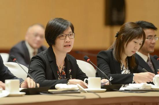 全国人大代表、上海纺织装饰有限公司副总经理王伟。 民盟上海市委 供图
