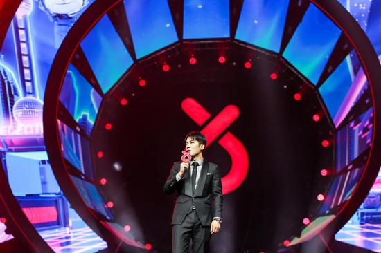 2020谢谢侬特别演唱会上海梅奔唱响  首场观看量2145多万