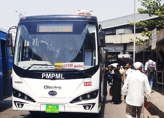 比亚迪纯电动巴士运行在喜马偕尔邦高海拔路段