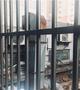 餐饮店排风管建在居民家窗下