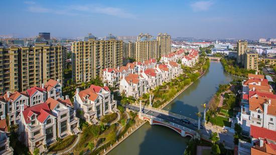 唐镇人口_上海美食城 靠迪斯尼60万白领办公 第四大国际社区