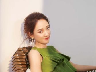 陈乔恩时尚大片超甜美