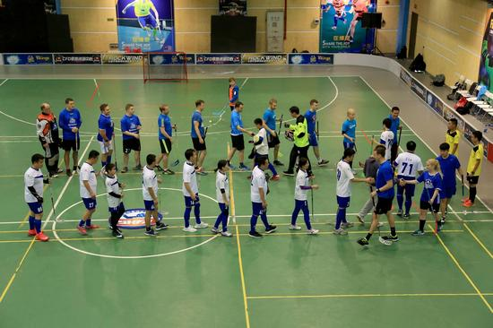 上海市旱地冰球协会年度比赛开战 百余名队员参赛