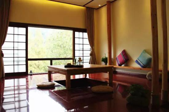 屋里的家具多选具有历史气息的老家具